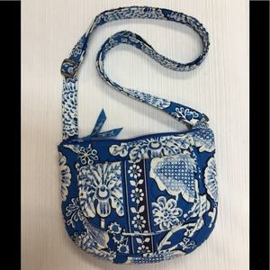 Appears to be New Vera Bradley Bag